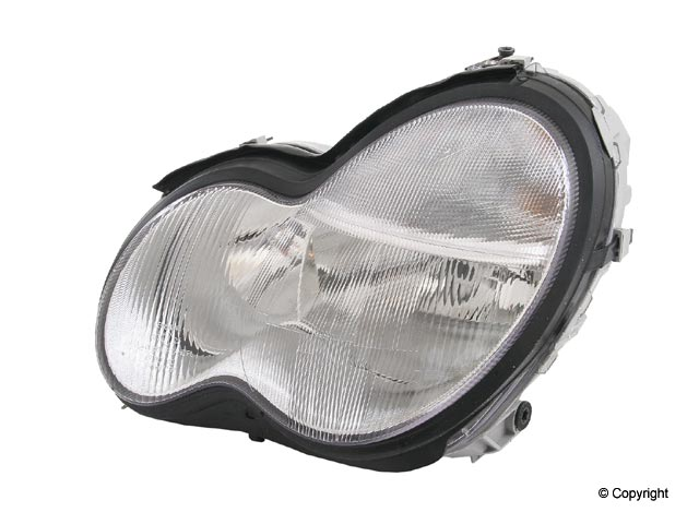 Mercedes C32 Headlight Assembly > Mercedes C320 Headlight Assembly