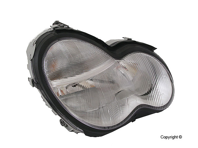 Mercedes C230 Headlight Assembly > Mercedes C230 Headlight Assembly