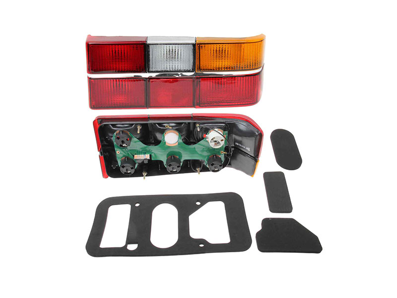 Volvo Tail Light > Volvo 244 Tail Light