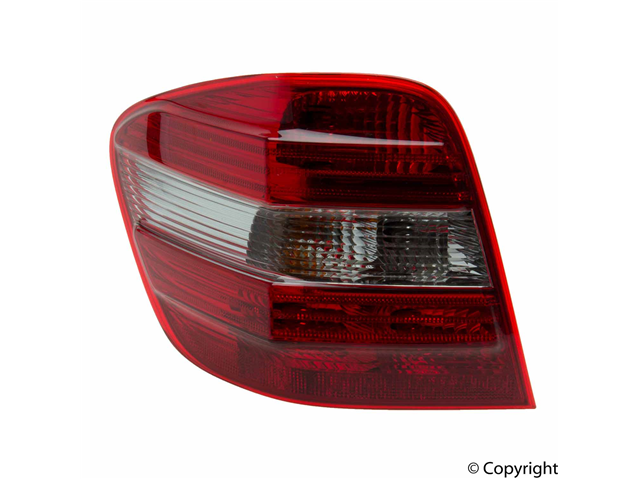 Mercedes a 1648201964 tail light assembly left for Mercedes benz tail light lens