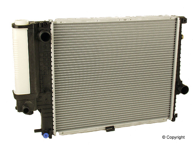 BMW 525IT Radiator > BMW 525iT Radiator
