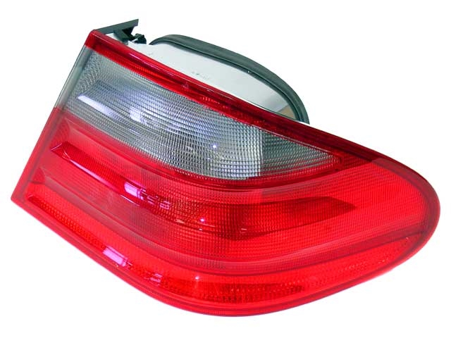 Mercedes CLK55 Tail Light > Mercedes CLK55 AMG Tail Light