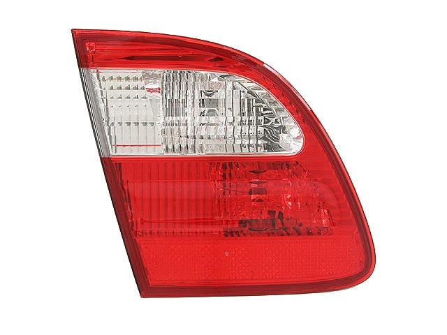 Mercedes E500 Tail Light > Mercedes E500 Tail Light