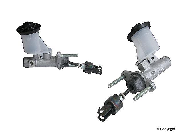 Toyota RAV4 Clutch Master Cylinder > Toyota RAV4 Clutch Master Cylinder