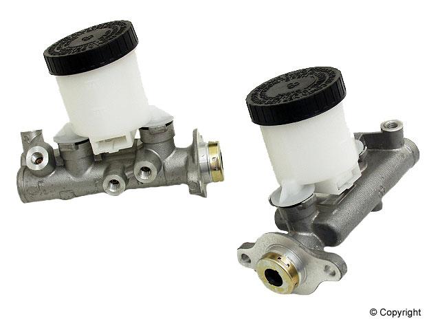 Nissan Pulsar Brakes > Nissan Pulsar NX Brake Master Cylinder