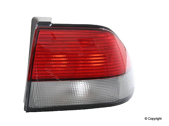 Saab 9-3 Tail Light > Saab 9-3 Tail Light