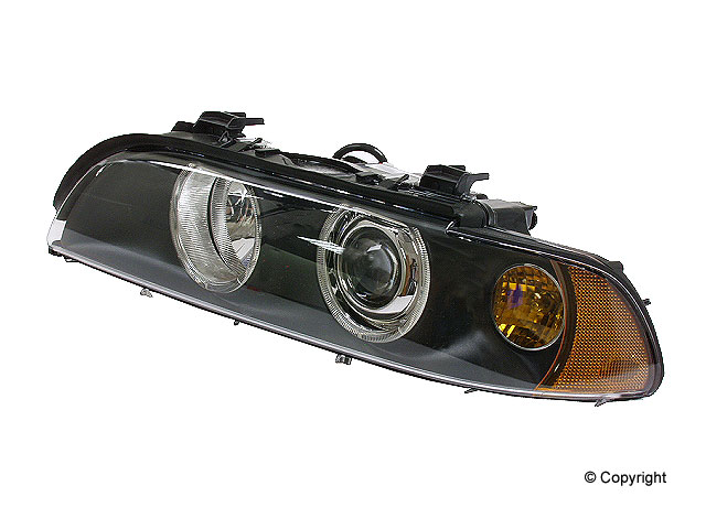 BMW 540I Headlight Assembly > BMW 540i Headlight Assembly