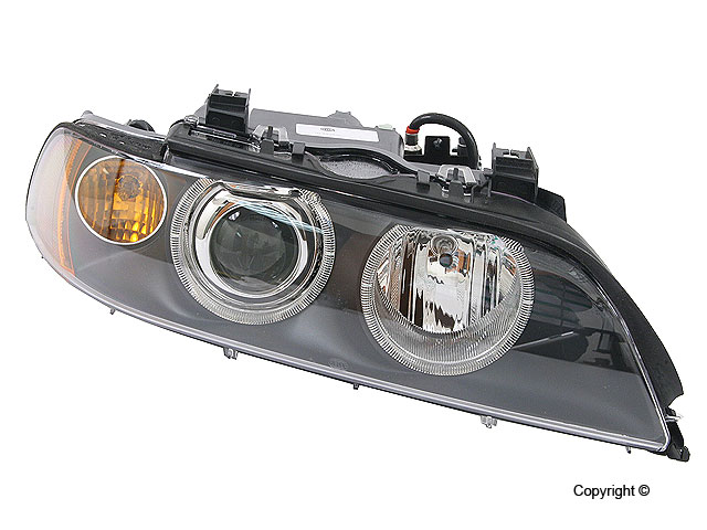 BMW 540 Headlight Assembly > BMW 540i Headlight Assembly
