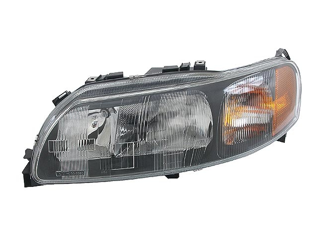 Volvo Headlight > Volvo V70 Headlight Assembly