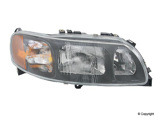 Volvo S60 Head Light > Volvo S60 Headlight Assembly