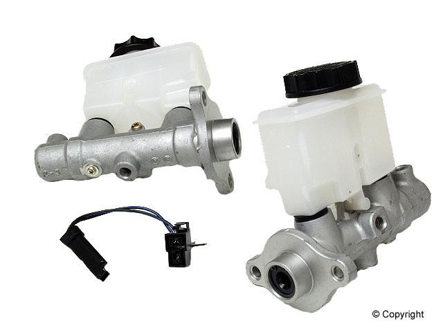 Mazda Brake Master Cylinder > Mazda 323 Brake Master Cylinder