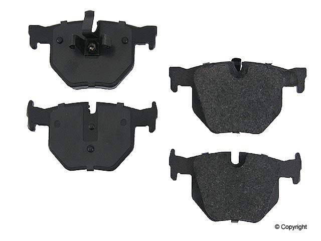 BMW 330XI Brake Pads > BMW 330xi Disc Brake Pad