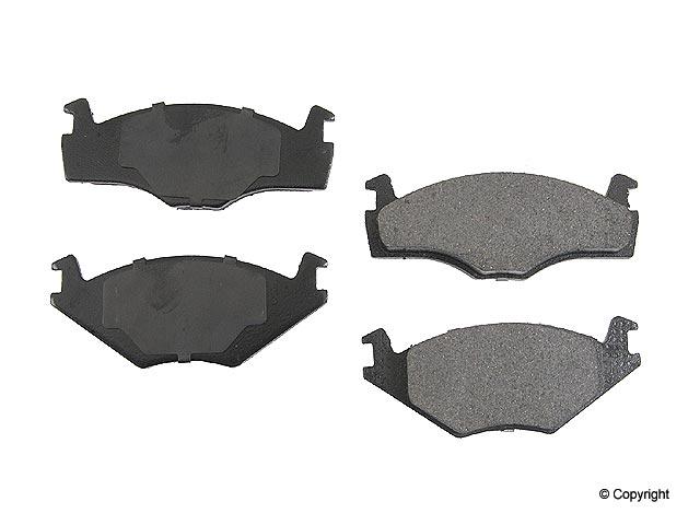 VW Brake Pad Set > VW Quantum